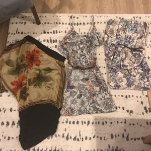 Windsor dresses set of 3! Size small.